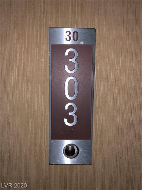 4381 Flamingo #30303