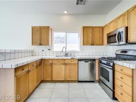 8485 Opal Splendor Avenue