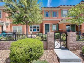 2128 Waterlily View Street