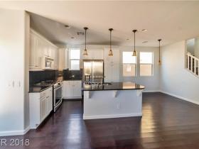 8377 Lower Trailhead Avenue