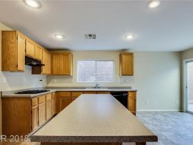 7189 La Cadena Avenue