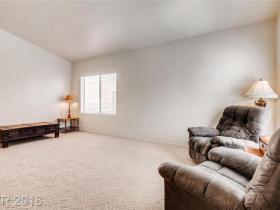 8124 Villa Finestra Drive