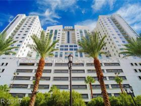 150 N Las Vegas Boulevard #1714