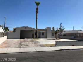 4208 El Camino Avenue