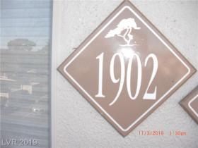 634 Oakmont Avenue #1902
