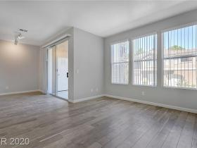 251 S Green Valley Parkway #2212