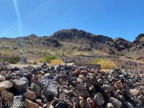 686 Mount Bona Way