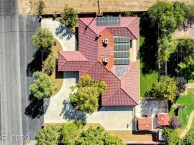 5935 Torrey Pines Drive