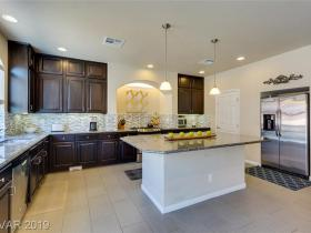 9671 Kirkland Ranch Ct Court