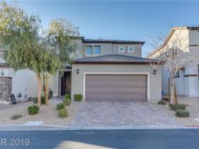 8645 Sparrow Desert Avenue