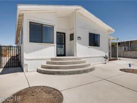 6196 Casa Loma Avenue