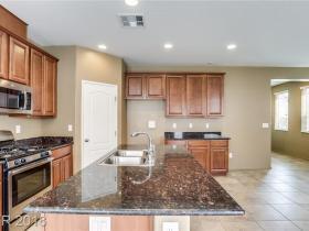 7633 Lots Hills Drive