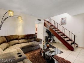 5933 Bromley Avenue