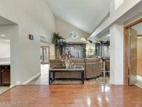 9105 Safeport Cove Court